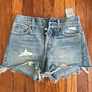 Levis frayed denim wedgie fit shorts